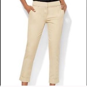 NY & Co. Khaki Studio Design Career Capri Pants